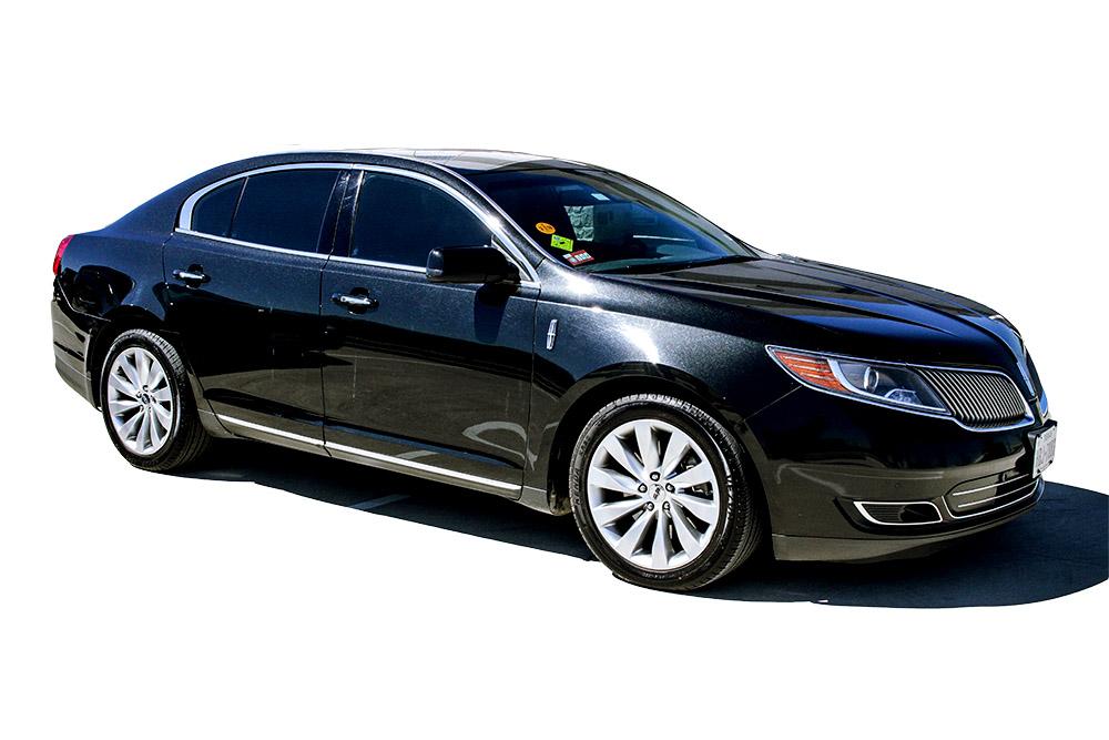 luxury sedan car service houston